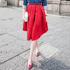 retro red skirt//need those shoes!!