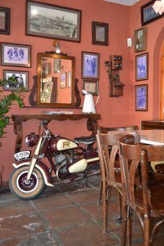 'La Placa' Bar