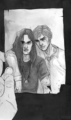 """Are you ready to cry? """"Remus just found an old school photo and looked at Sirius for the first time after his death"""" Damn Arte Do Harry Potter, Harry Potter Ships, Harry Potter Universal, Harry Potter Fandom, Harry Potter Memes, Marauders Fan Art, Harry Potter Marauders, Albus Dumbledore, Marauders Era"""