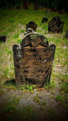 En la memoria de la señorita Zorviar que era 36 años cuando murió en 1787