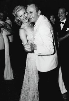 Ginger rogers and jack benny dancing at a party, c hooray for hollywood Hollywood Images, Old Hollywood Stars, Hooray For Hollywood, Golden Age Of Hollywood, Hollywood Glamour, Classic Hollywood, Hollywood Party, Old Movies, Vintage Movies