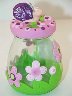 Decorate jars with Polymer clay. Idea from creative ideas