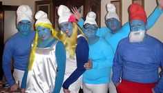 I've seen smurfs done many times, but it's still cool every time because of all the blue!!!!