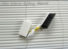 Cleaning blinds..easy