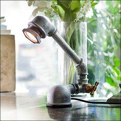 kozo-iron-pipe-lamp-closeup.jpg (440×440)                                                                                                                                                                                 Más