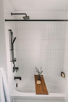 Bathroom Renos, Bathroom Interior, Bathroom Ideas, Bathroom Remodeling, Remodeling Ideas, Bathtub Tile, Shower Bathroom, Budget Bathroom, Small Full Bathroom