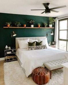 Forest Green Bedrooms, Bedroom Green, Emerald Bedroom, Emerald Green Bedrooms, Emerald Green Decor, Green Bedroom Design, Forest Bedroom, Bedroom Black, Living Room Decor Green Walls