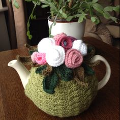 Inspiration ~ Crocheted tea cosy - really like this one!