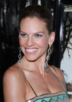Hilary Swanks ponytail hairstyle