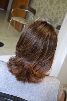Diversity of Medium Layered Haircuts Are Stylish Every Day - Page 12 of 15 - Dazhimen Medium Layered Haircuts, Medium Hair Cuts, Medium Hair Styles, Curly Hair Styles, Haircut Medium, Great Hair, Hair Highlights, Ombre Hair, Hair Looks