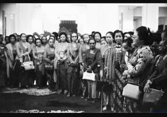 Ibu Tien Soeharto menerima eks laskar wanita