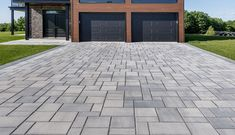 Looking for beautiful, polished and practical pavers? Techo-Bloc's Blu 80 Smooth pavers instantly add character to your landscape or driveway. Cobblestone Driveway, Driveway Paving, Driveway Design, Driveway Landscaping, Driveway Border, Pavers Patio, Paver Walkway, Front Walkway, Grey Pavers