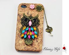 Ordering this off of Etsy :) Antique Brass Owl with flower, Flying Bird with Bead Hard Case Cover ----for Apple iPhone. by Shininggift via Owl Phone Cases, Cell Phone Covers, Ipod Cases, Iphone 4s, Apple Iphone, Cute Owl, Design Case, Iphone Accessories, Apple Products