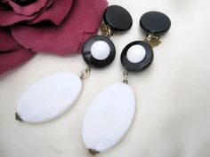Black and White Earrings Lucite Dangle Signed by VintagObsessions