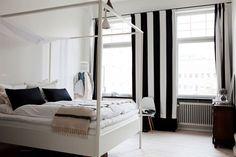Bedroom, i love black/white stripes :D