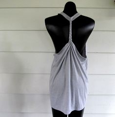 Wobisobi: Racer back tee-shirt DIY #2, braided back.