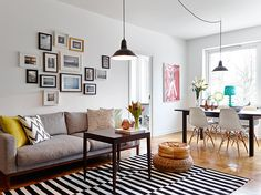 I'd sort of forgotten how nice white walls look, with lots of splashes of colour. White Rooms, White Walls, Home Living Room, Interior Architecture, Sweet Home, New Homes, Design Inspiration, House Styles, Furniture