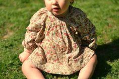 Bluse nach Burda (wenige cm verlängert) als Kleidchen, Schnitt bis Gr. 80