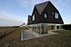 The Dune House in England by Jarmund Vigsnaes Architects & Mole Architects