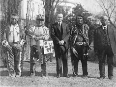 Then President Calvin Coolidge with four Osage Native Americans after he signed the bill granting all American Indians full citizenship American Presidents, Us Presidents, Native American History, Native American Indians, Oklahoma, Kansas, Osage Indians, Osage Nation, Calvin Coolidge