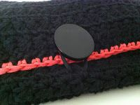 crochet make-up purse; hæklet taske