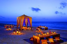 Host a romantic beach party before your wedding! #rehearsal #welcomeparty