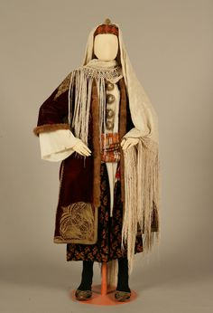Bridal or festive costume of Kastelorizo, Dodecanese. Late 19th century © Peloponnesian Folklore Foundation, Nafplion, Greece [http://www.texmedindigitalibrary.eu/?show_item&item_id=351]