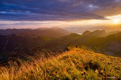 Wind, sun and clouds - TomFear Sun And Clouds, Sunrises, Dusk, Mountains, Search, Nature, Travel, Naturaleza, Viajes