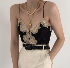 Gorgeous vintage Victoria's Secret noir pure silk buttoned camisole with peach lace and pastel floral appliqués. So special and sweet. Online now. Looks Chic, Looks Style, My Style, Mode Outfits, Fashion Outfits, Womens Fashion, Travel Outfits, Dress Fashion, Fashion Clothes