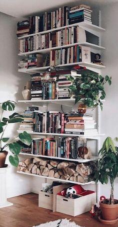 61 trendy home library scandinavian bookshelves Cozy Living Rooms, Home And Living, Scandinavian Bookshelves, Wall Mounted Bookshelves, Library Bookshelves, Decoration Inspiration, Home Libraries, Trendy Home, Home And Deco