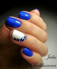 Beautiful jeweled nail art.  Маникюр | Ногти