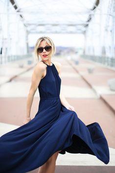 silky navy blue maxi black audrey hepburn sunglasses bright and casual blonde bangs Happily Grey, Mode Inspiration, Dress Me Up, Dress Skirt, Maxi Skirts, Silk Dress, Spring Summer Fashion, Dress To Impress, Fashion Dresses