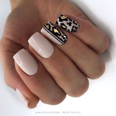 Easy Spring Nails & Spring Nail Art Designs To Try In Simple spring nails colors for acrylic nails, gel nails, shellac spring nails, as well as short spring nails. These easy Spring nail art ideas with flowers, glitter and pastel colors are a must try. Fancy Nails, Bling Nails, Pretty Nails, My Nails, Nude Nails, Shellac Nails, Leopard Print Nails, Leopard Nail Art, Pretty Short Nails