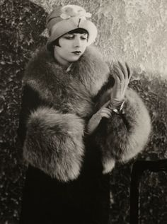 Louise Brooks - Fashionable History: Winter Fashion By Decade- 1920's