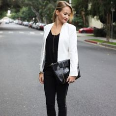 New outfit post and a Giveaway on the blog!! http://thestyleeditrix.com Check it out!
