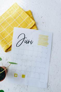 Grad, Blog, Calendar, Printables, Calendar To Print, Diy Decoration, Simple Diy, Weather, Sun