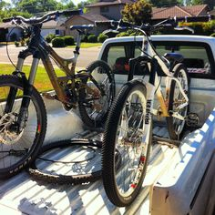 Freeride Bike & Dirtjump Bike.