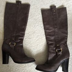 ZARA Tall Brown Genuine Leather Boots Size 8 / 38 Great condition ZARA tall brown genuine leather boots with gold detail. Size 8 or 38. Bought these for $350 in Milan, Italy during my honeymoon. 3.5 inch heel and soles are in top condition and rarely used. Very comfortable too! Zara Shoes Heeled Boots