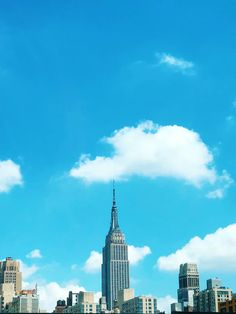 Empire State building surrounded by buildings photo – Free Blue Image on Unsplash Hd Photos, Empire State Building, New York City, Skyscraper, Buildings, Nyc, London, Architecture, Blue