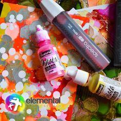Utiliza acuarela, tintas de alcohol y acrílico en un solo cuaderno! Encuéntralo ahora en Elemental Studio 😊📍 Cleaning Supplies, Instagram, Soap, Studio, Bottle, Alcohol Inks, Watercolor Painting, Cleaning Agent, Flask