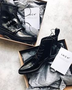 inch2 Dapper Pointed Toe Lace-up Boots - this right one is an immediately need!!