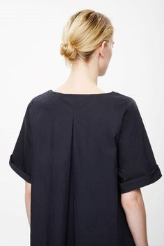 COS | Pleated back dress