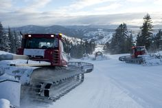Groomers getting the mountain ready for ripping corduroy in the early morning light #squawvalley #machines