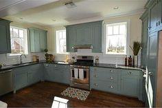 Beautiful kitchen Pops Kitchen, Kitchen Design, Beautiful Kitchens, Kitchen Cabinets, Country, Home Decor, Decoration Home, Design Of Kitchen, Rural Area