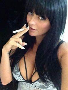 Amateur pic smoking