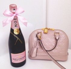 Blush pink Vernis Alma BB and pink Moet Chandon champagne