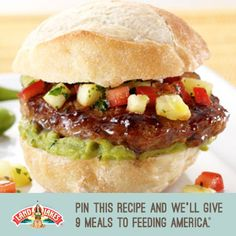 Teriyaki Turkey Sliders With Pineapple Salsa. The sweetness of the pineapple complements the teriyaki flavor. Turkey Sliders, Turkey Burgers, Mini Burgers, Turkey Patties, Beef Sliders, Turkey Sandwiches, Land O Lakes Recipes, Yummy Snacks, Yummy Food