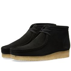 The original 1964 classic and stylish Wallabee Boot from Clarks Originals. Back to the exact specifications that made the shoe a classic boot all those years ago, with premium leather uppers, moccasin toe and crepe rubber wedge sole. The Wallabee is often imitated but never bettered.   Leather Uppers Embossed Leather Insole Crepe Wedge Sole