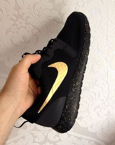 Hey, I found this really awesome Etsy listing at https://www.etsy.com/listing/457018594/nike-roshe-run-black-with-custom-gold