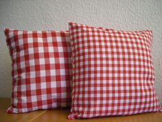 2 Kissen Vichy-Karo rot von myVichy via dawanda.com
